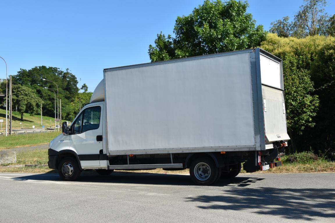 iveco daily 35c15 emp 4100 caisse 20m3 avec hayon dhollandia 750kg even. Black Bedroom Furniture Sets. Home Design Ideas
